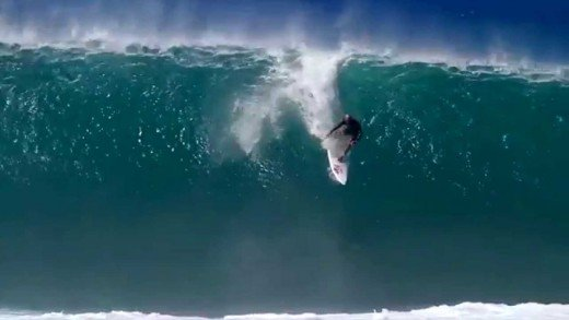 Pipeline and Kelly Slater   The Wave of the Winter 2014 Documentary