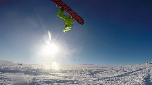 Mid season snowkiting