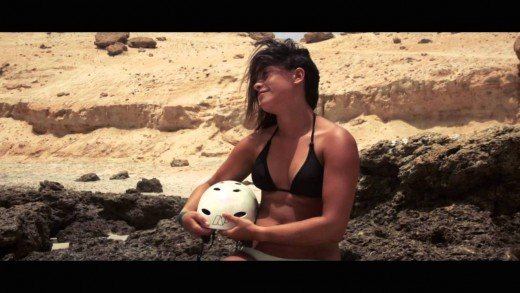 Dakhla Attitude presents… Cast Away KiteSurf Fanfilm with Rita Arnaus.