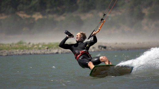 Avex – Kite Surfing – July2015