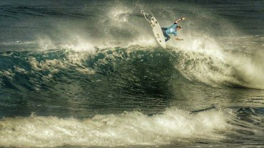 Quiksilver Pro France   Tombottom Production